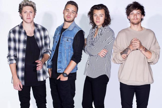 Gli One Direction nella formazione a 4