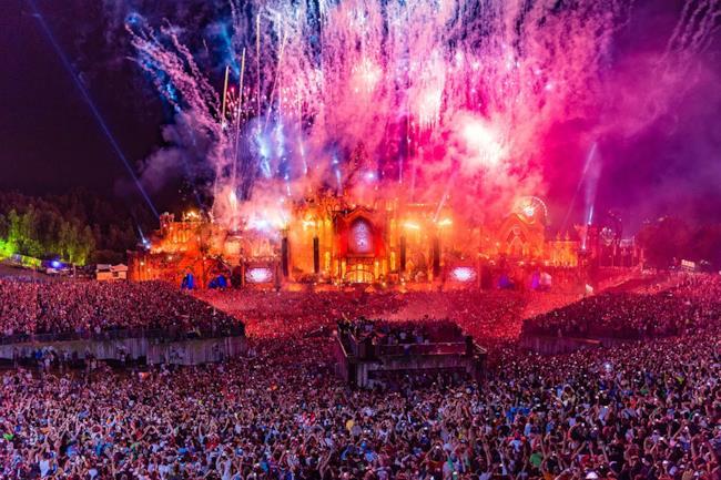 Il palco del Tomorrowland del 2015