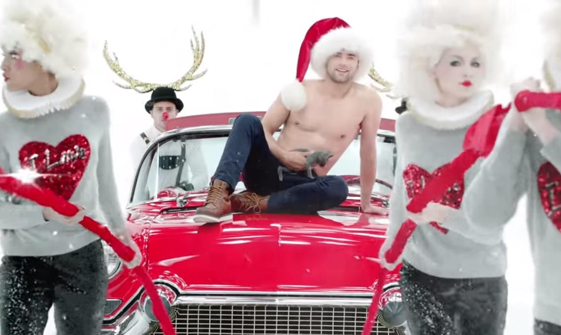 Il modello Sean O'Pry è il ragazzo dello spot H&M di Natale 2015 con Katy Perry