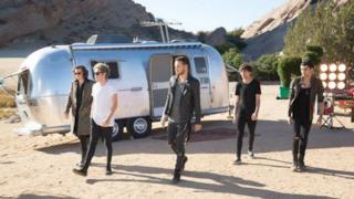 One Direction: ecco le anteprime dal set del video di Steal My Girl