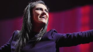 Elisa live durante L'anima vola tour 2014