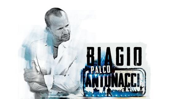 Biagio Antonacci: Palco Antonacci Milano e Bari 2014