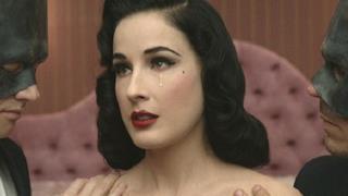Dita Von Teese: una canzone tra Lady Gaga e Marilyn Manson [VIDEO]