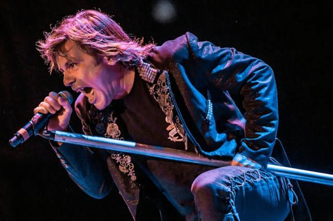 Il cantante degli Iron Maiden, Bruce Dickinson