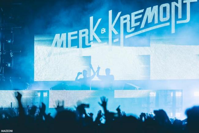 Un dj set di Merk & Kremont