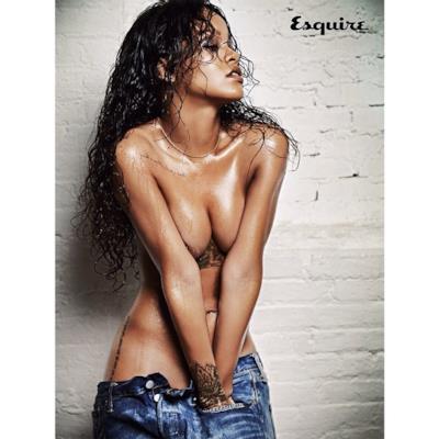 Rihanna indossa solo i jeans su Esquire