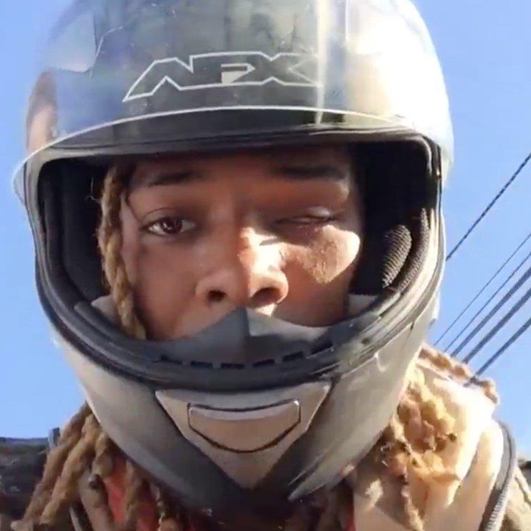 Il rapper Fetty Wap a bordo della sua moto