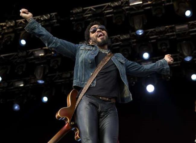 Lenny Kravitz durante il concerto di Stoccolma
