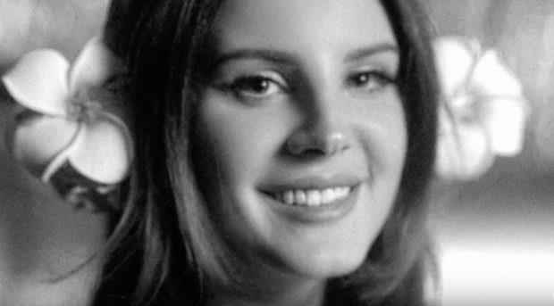 Lana Del Rey foto in bianco e nero