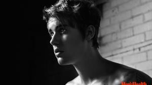 Justin Bieber tutto muscoli nelle foto per Men's Health di marzo 2015