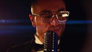 Guè Pequeno nel video ufficiale di Fiumi di Champagne