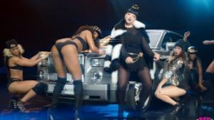 Lily Allen, Hard Out There: il video parodia di Robin Thicke e del twerking di Miley Cyrus