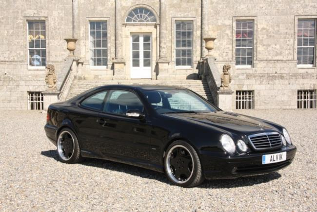 Auto Mercedes di Harrison