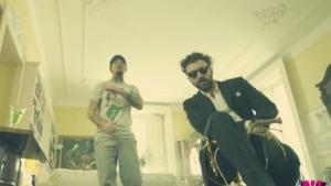 Dargen D'amico: L'amore a modo mio, il video del nuovo singolo con J-Ax