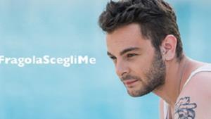 Lorenzo Fragola con l'hashtag #FragolaScegliMe