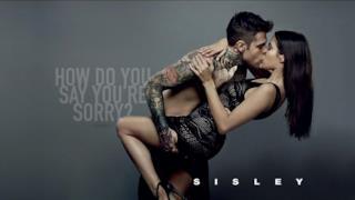 Fedez e la fidanzata Giulia Valentina nudi per la pubblicità Sisley