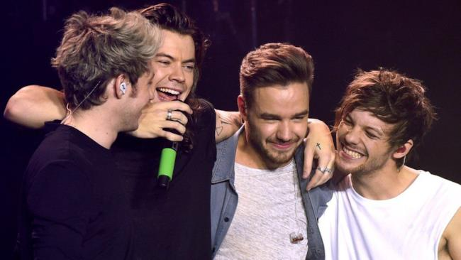 Gli One Direction a Sheffield nell'ultimo show dell'OTRA Tour