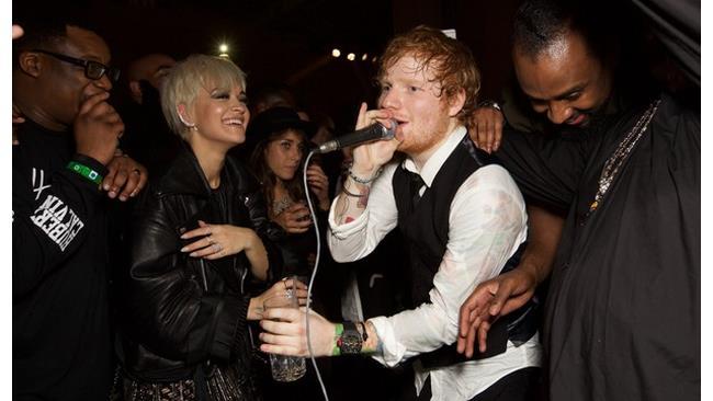 Ed Sheeran ancora capace di cantare