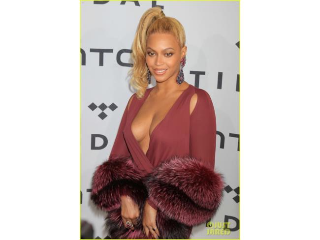 Beyoncé e la sua scollatura