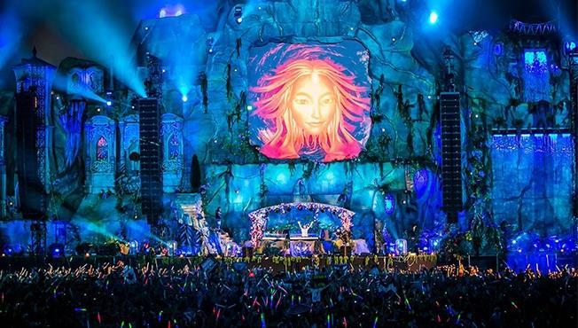 Armin Van Buuren uno dei protagonisti degli ultimi Tomorrowland sarà presente anche a San Paolo