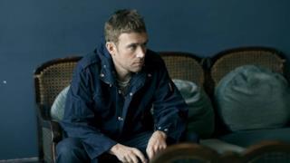Damon Albarn al lavoro sull'album solista