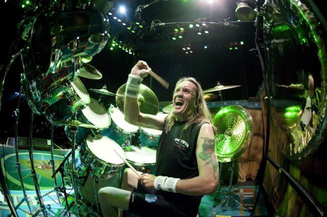 Il batterista degli Iron Maiden, Nicko McBrain