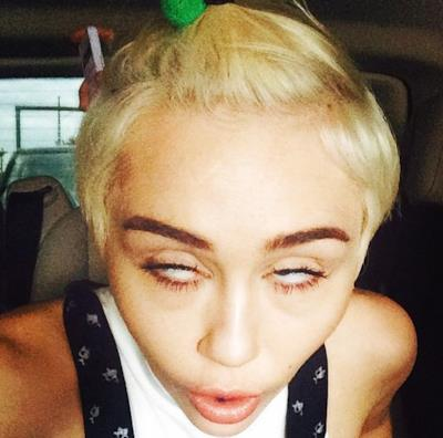 Miley Cyrus ubriaca