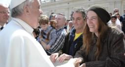 Papa Francesco incontra Patti Smith in Vaticano