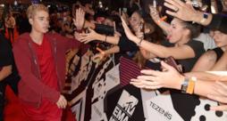 Justin Bieber sul red carpet degli MTV EMA 2015 a Milano