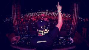 Deorro ha festeggiato il 16 gennaio con quasi diecimila fan il suo imminente ritiro dalle scene