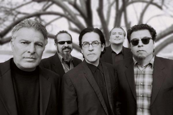 I 5 membri dei Los Lobos