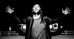 David Guetta in studio di registrazione