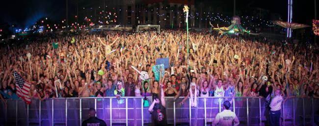 La folla presente all'EDC di Orlando del 2013