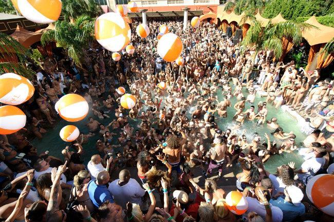 Dubai si candida per diventare la nuova Ibiza con un isola dedicata esclusivamente ai club