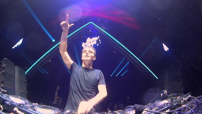 Martin Garrix sul palco dell'Amsterdam Music Festival 2014