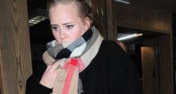 Adele esce dal concerto di FKA Twigs a Londra ottobre 2014