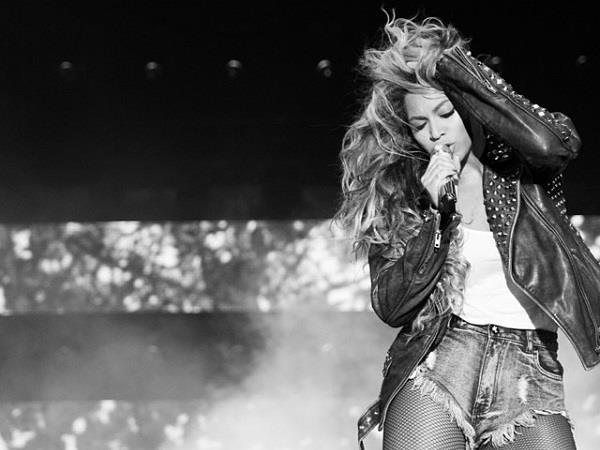 Beyoncé in bianco e nero
