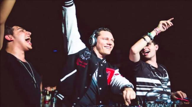Dzeko & Torres in console insieme a Tiësto
