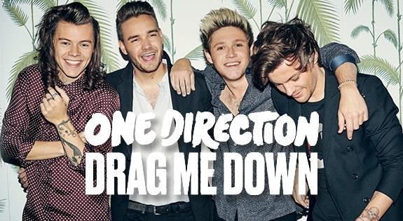 Harry, Liam, Niall e Louis si abbracciano sulla copertina di Drag Me Down