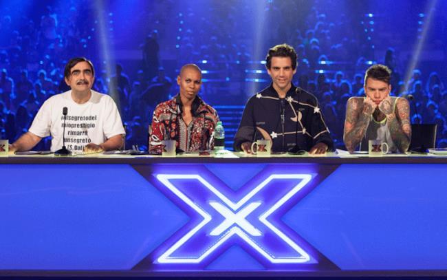 I giudici Fedez, Elio, Skin e Mika nella seconda puntata di X Factor 9