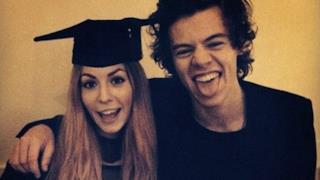Harry Styles con la sorella Gemma