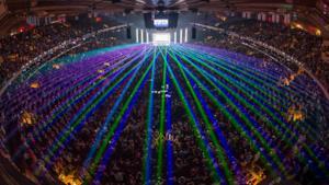 Pochi laser sul mainstage dell'ASOT a New York