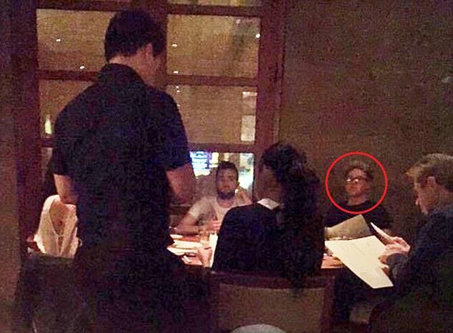 Selena Gomez e Niall Horan al ristorante Nobu di Los Angeles (novembre 2015)