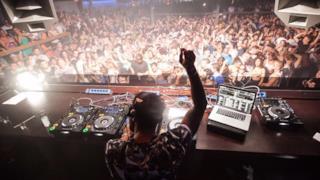 Party d'apertura alla discoteca Space di Ibiza