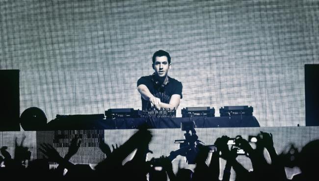 Calvin Harris domina la classifica EDM di Billboard con tre singoli in Top 10