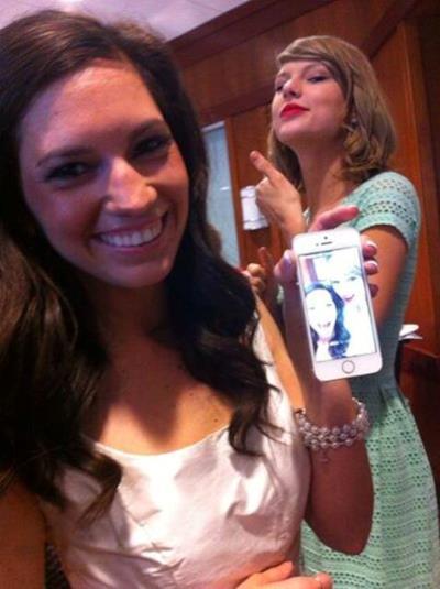 Il selfie di Taylor Swift  con la fan Gena Gabrielle