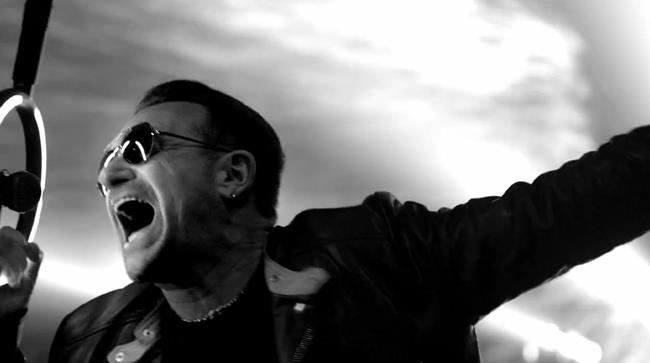 Gli U2 in formazione completa