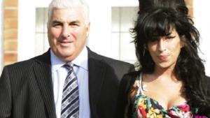 Amy Winehouse: scoperto un inedito dal padre Mitch