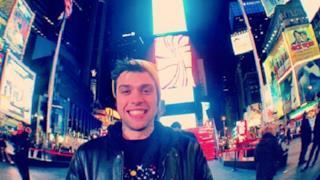 Fedez: il nuovo album 2013 è Sig. Brainwash - L'arte di accontentare