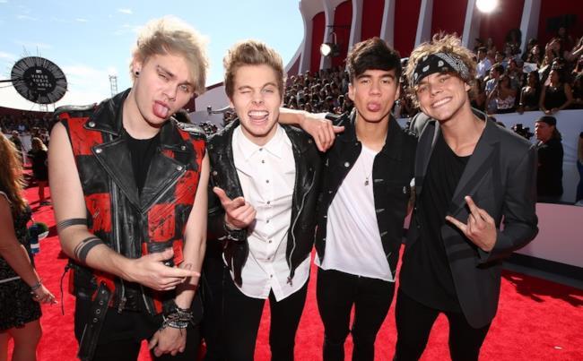 5 Seconds of Summer agli MTV VMAs 2014